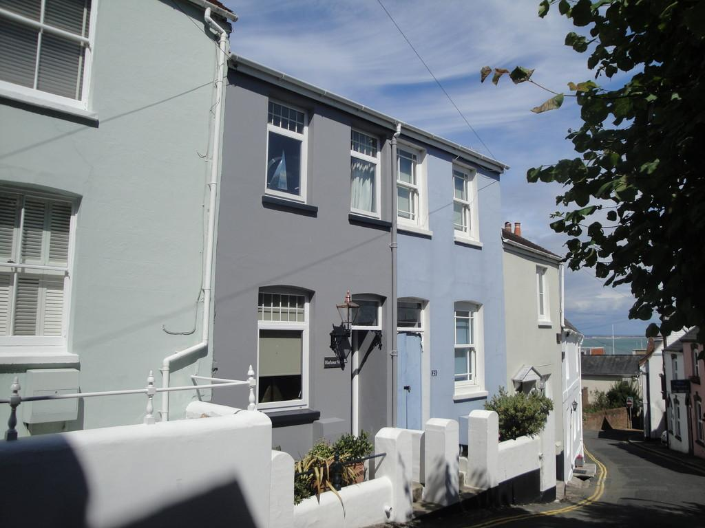 3 Bedrooms Terraced House for sale in Sun Hill, Cowes, Isle of Wight