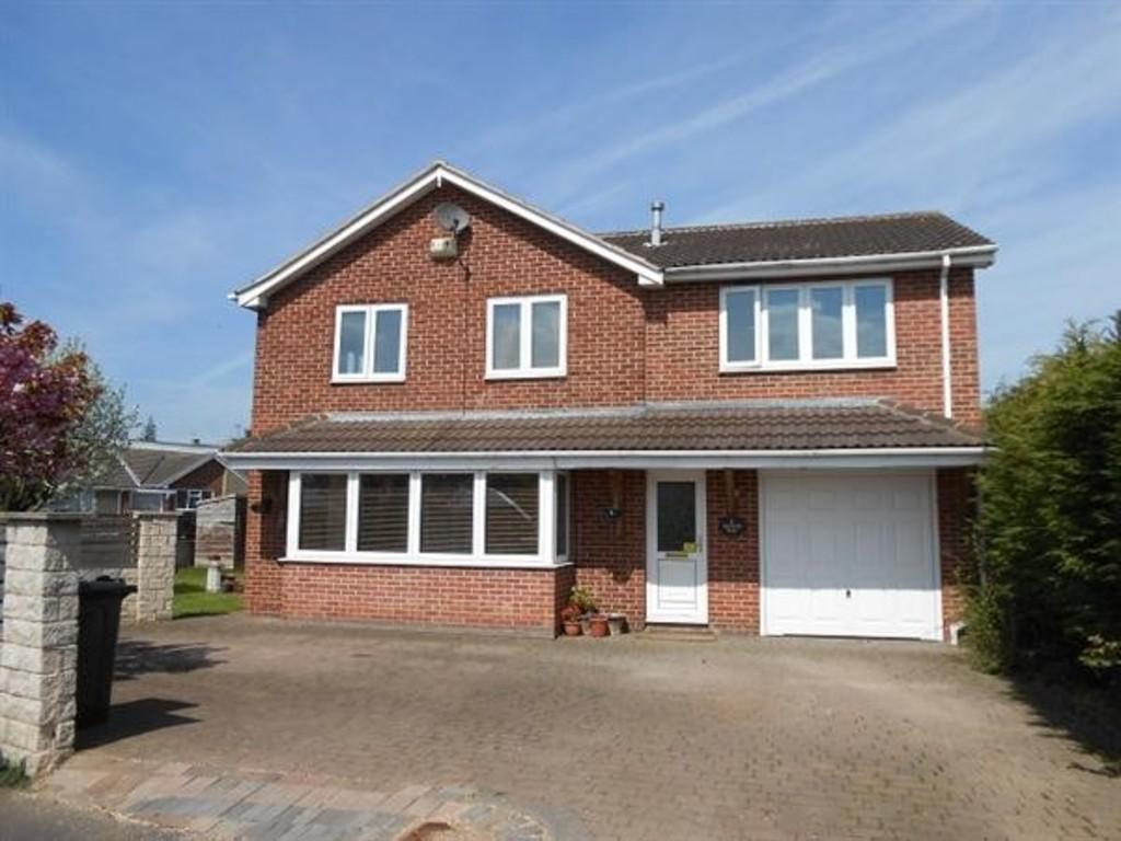 5 Bedrooms Detached House for sale in Manor Way, Todwick