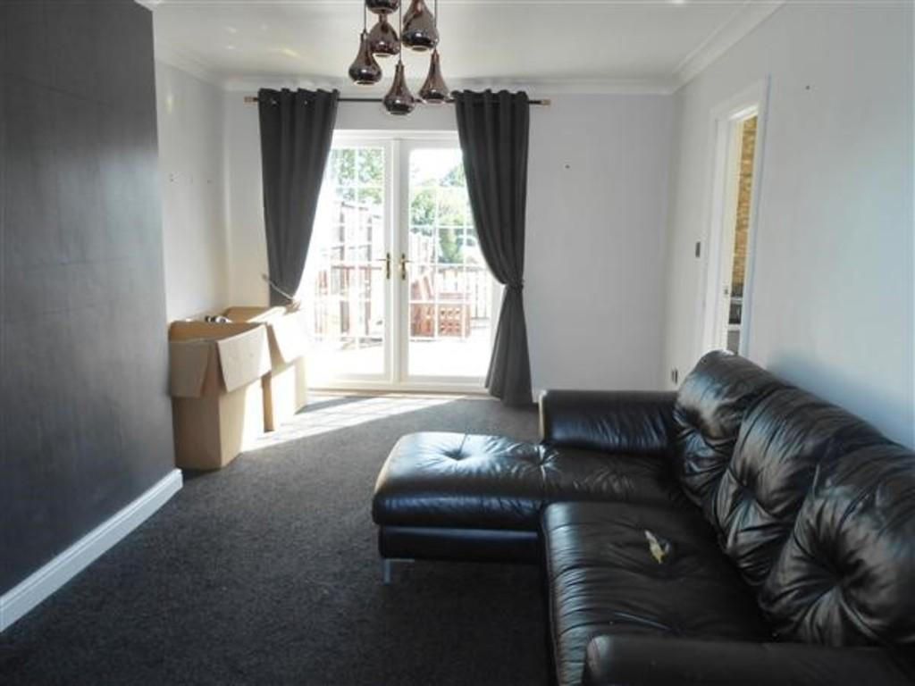 3 Bedrooms Semi Detached House for sale in Green Arbour Road, Thurcroft