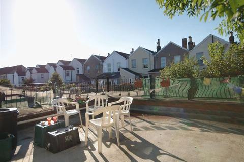 4 bedroom apartment to rent - Gloucester Road, Bristol