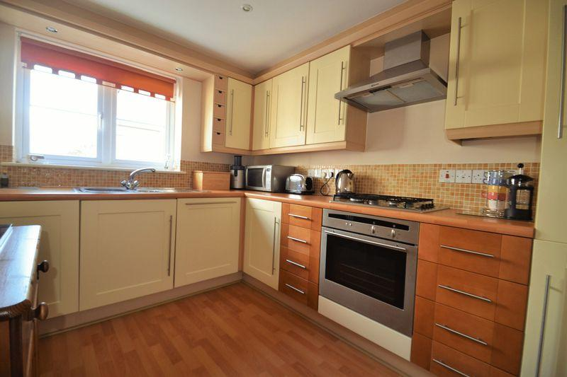 2 Bedrooms Apartment Flat for sale in Seaward Carbis Bay, Cornwall