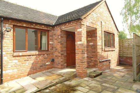 1 bedroom detached bungalow to rent - Upper Bar, Newport