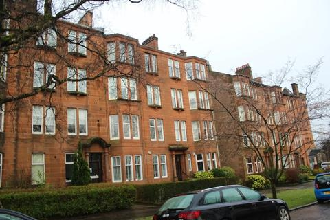 2 bedroom flat - Woodcroft Avenue, Flat 1/2, BroomhilL, Glasgow, G11 7HU