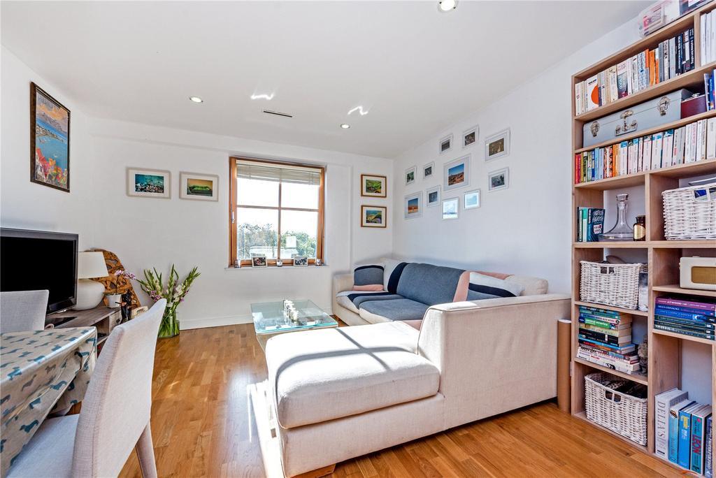 1 Bedroom Flat for sale in Holloway Road, Islington, London, N7