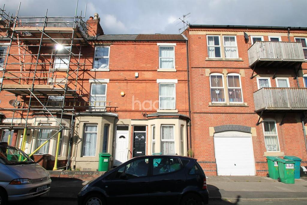 3 Bedrooms Terraced House for sale in Gladstone Street, Forest Fields, Nottingham