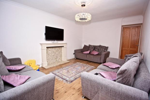 3 Bedrooms Flat for sale in Clement Close Clement Close, Brondesbury Park, NW6