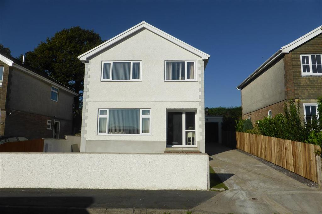3 Bedrooms Detached House for sale in 9 Vale View, Ponteathvaughan, Glynneath