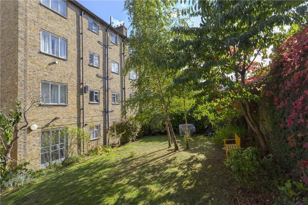 1 Bedroom Flat for sale in The Limes, 35 Highbury Grove, N5