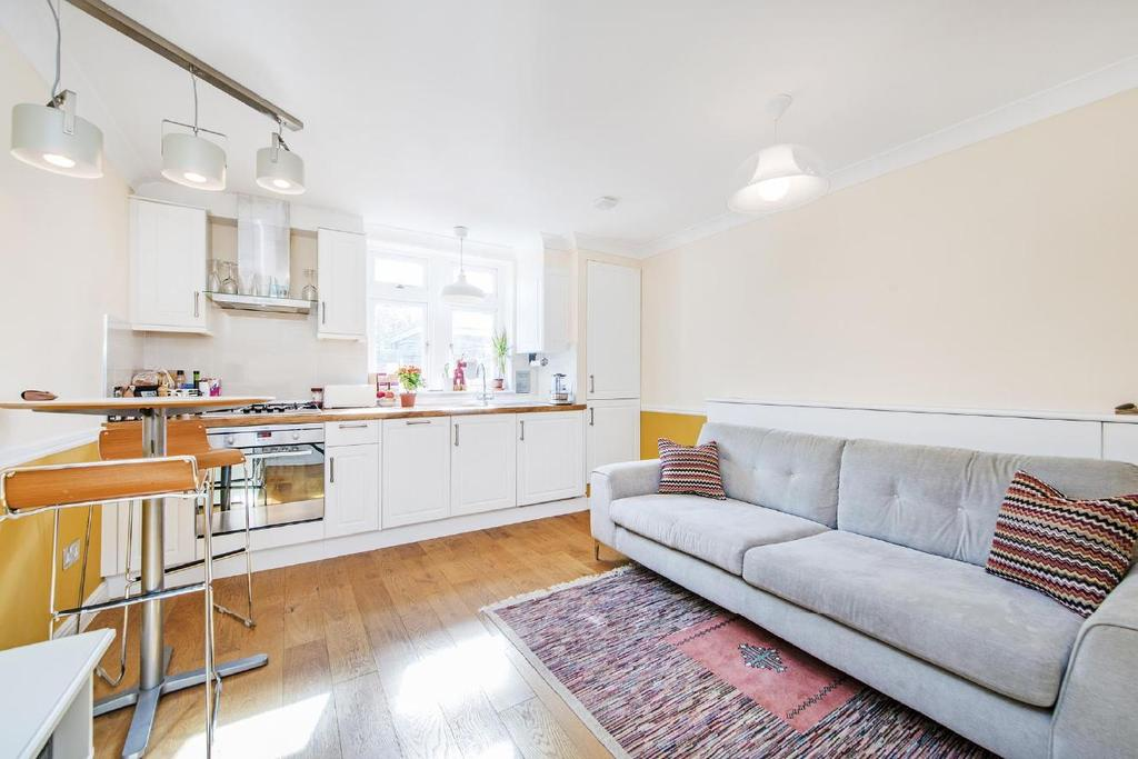 2 Bedrooms Flat for sale in Orsett Terrace, Bayswater