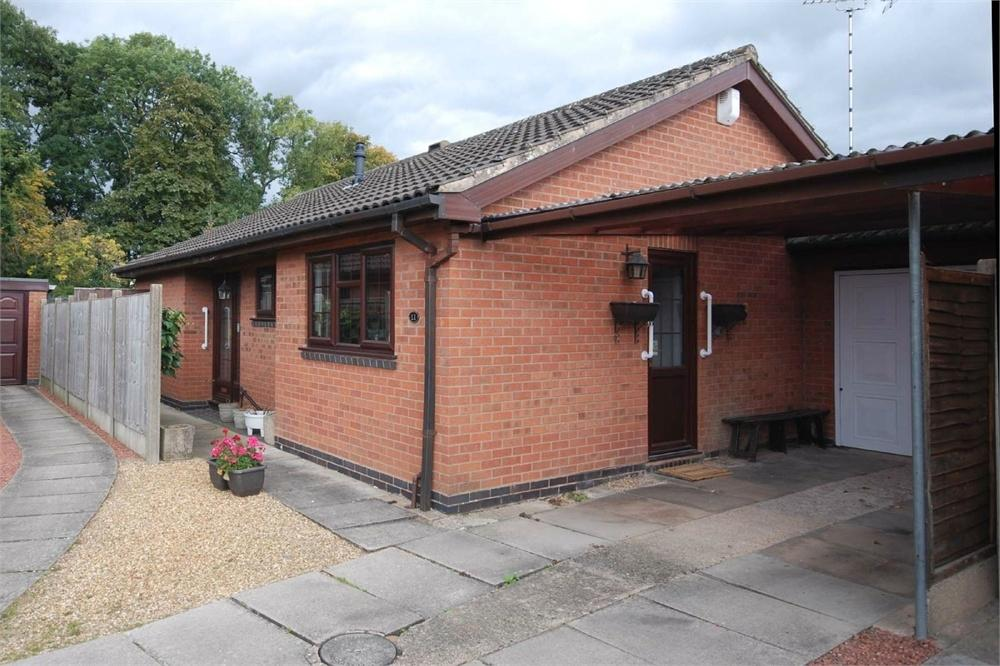 2 Bedrooms Detached Bungalow for sale in The Spinney, Long Lawford, RUGBY, Warwickshire