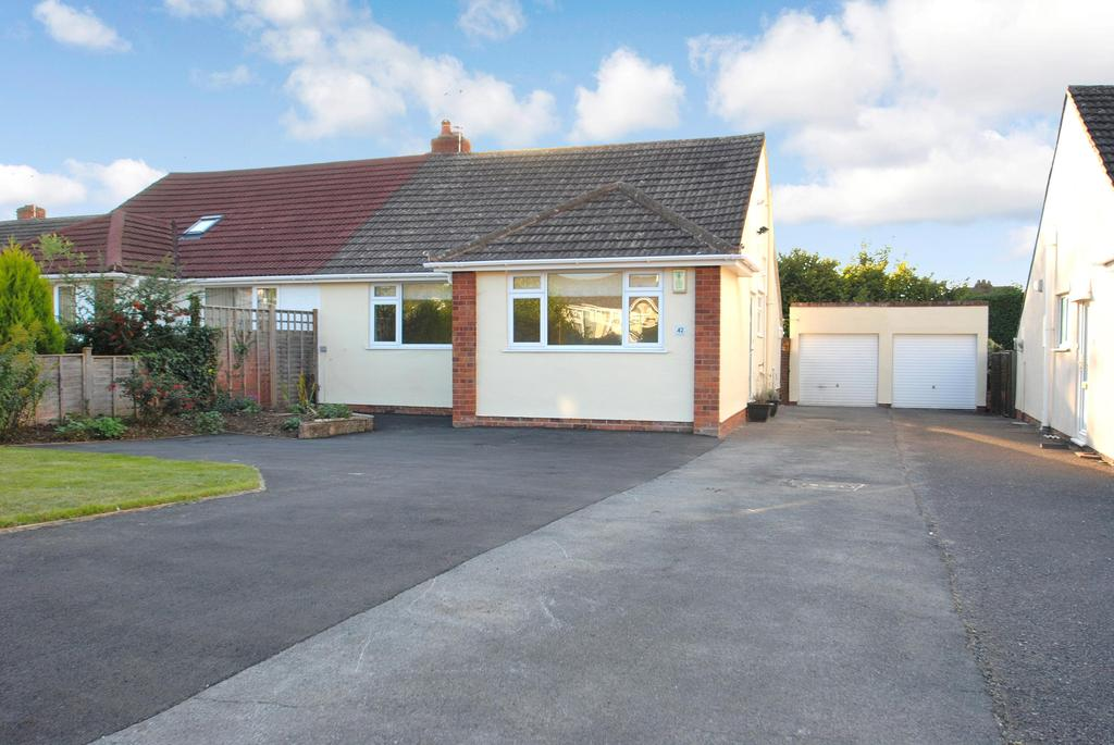 2 Bedrooms Bungalow for sale in Fremantle Road, Taunton