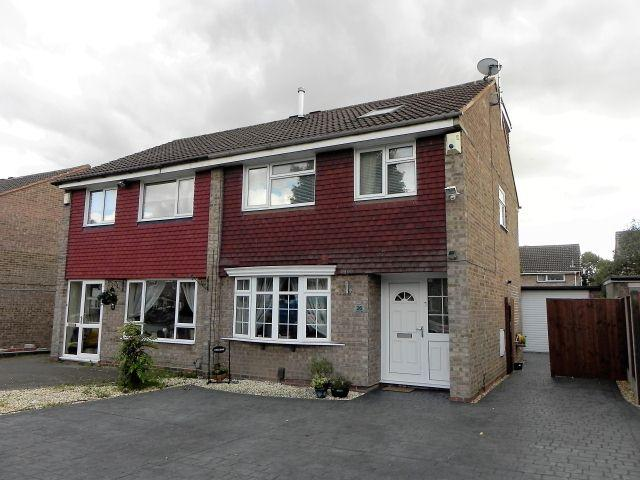 4 Bedrooms Semi Detached House for sale in Stourton Close,Walmley,Sutton Coldfield