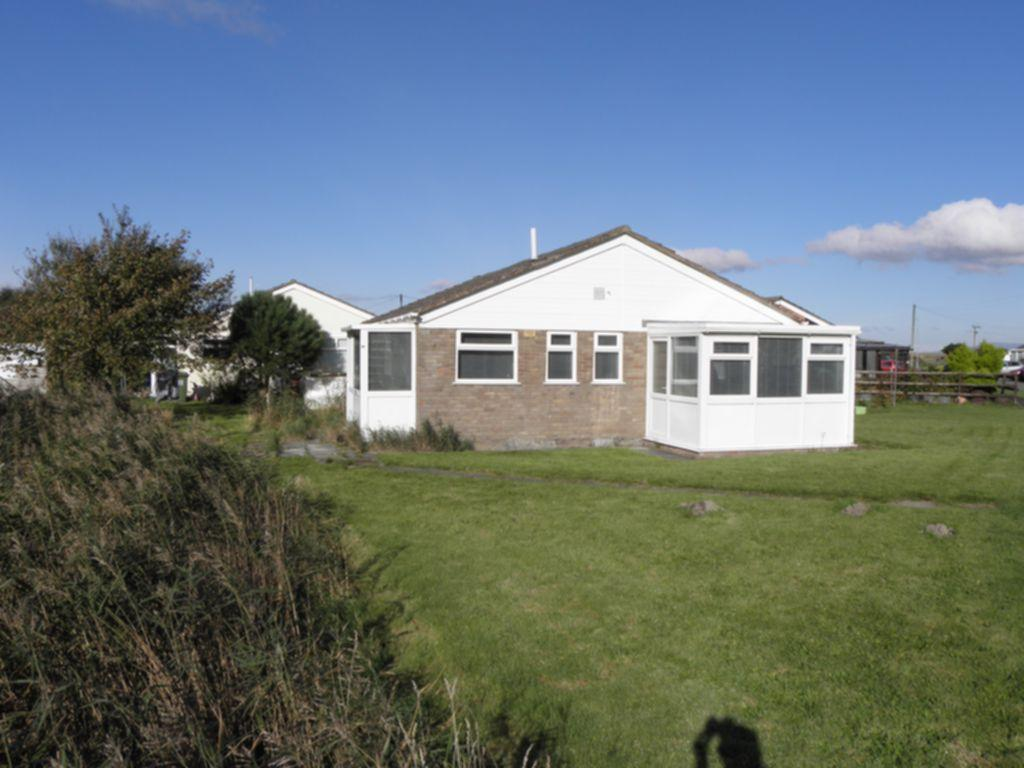 3 Bedrooms Bungalow for sale in Glan Y Mor, Fairbourne, LL38