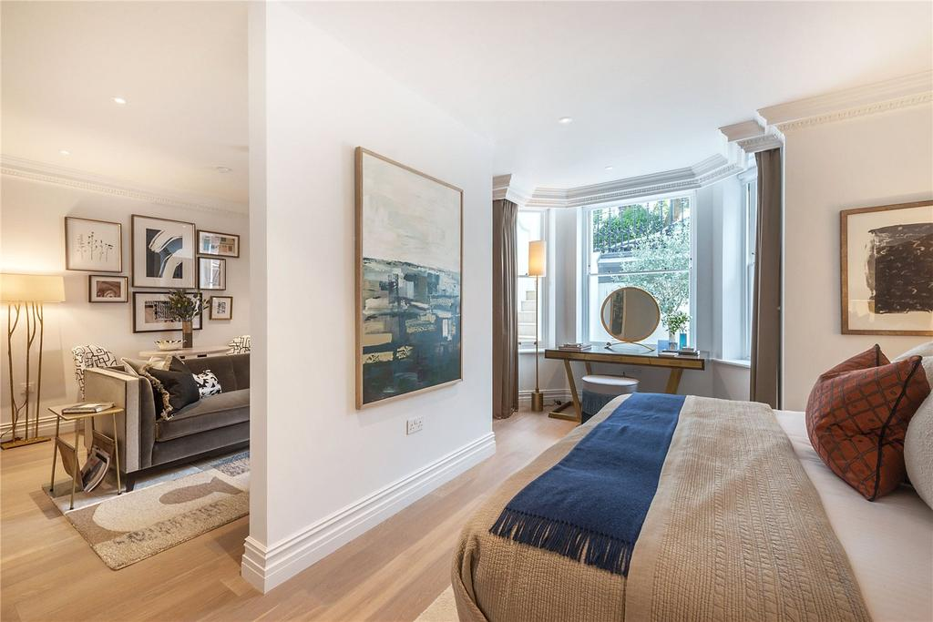 1 Bedroom Flat for sale in Vicarage Gate, Kensington, London