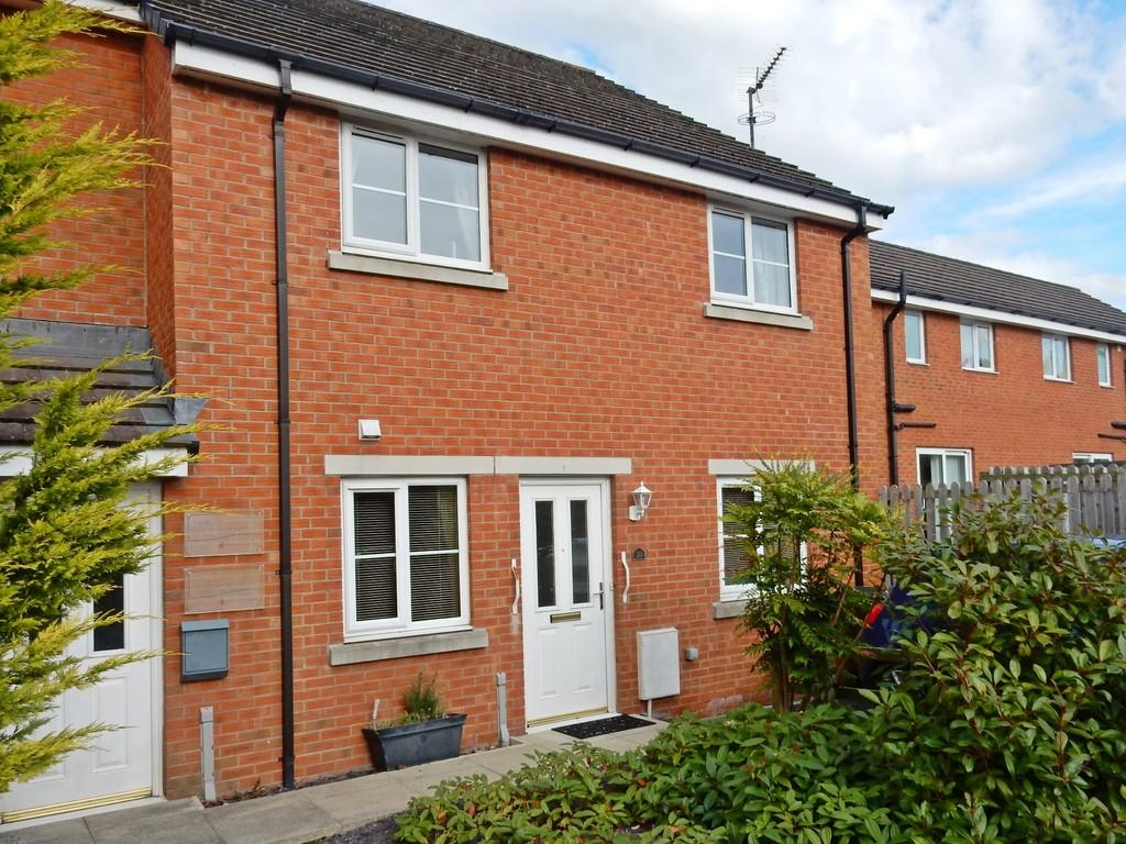 2 Bedrooms Ground Flat for sale in Yew Tree Court, Carlisle