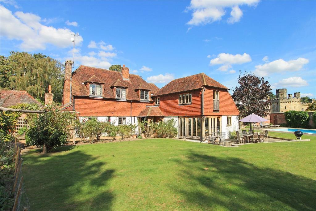 5 Bedrooms Detached House for sale in Hill Hoath Road, Chiddingstone, Edenbridge, Kent, TN8