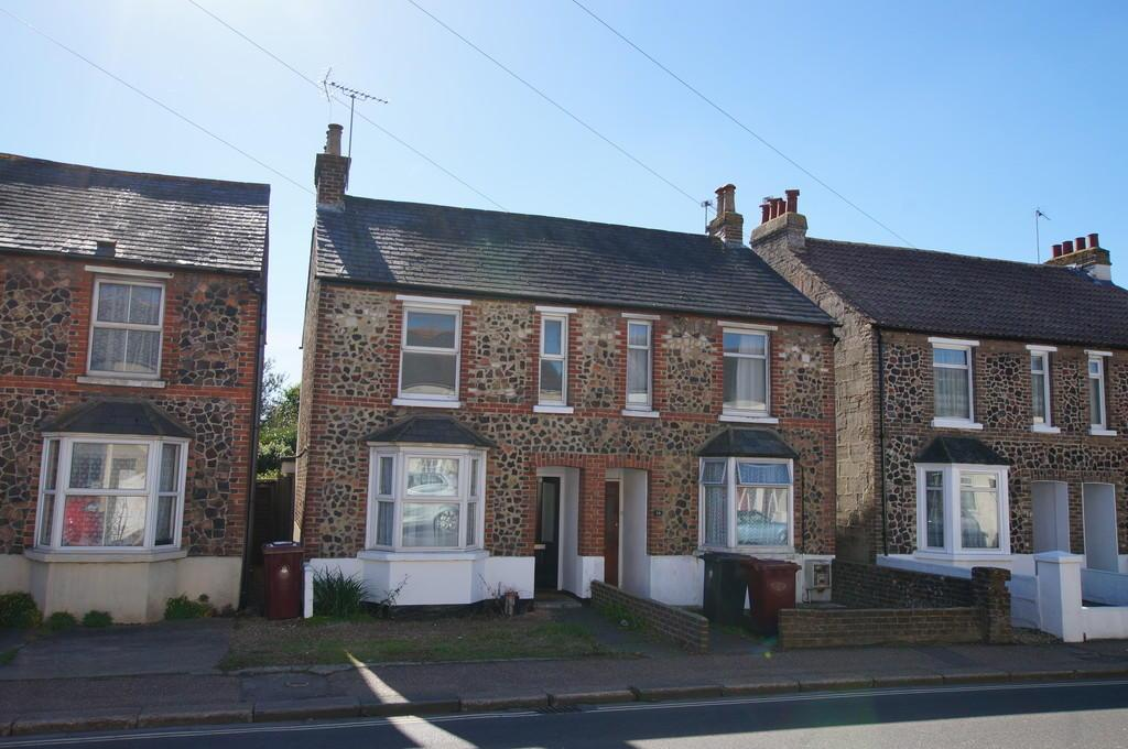 3 Bedrooms Semi Detached House for sale in Spitalfield Lane, Chichester