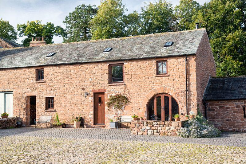 4 Bedrooms Barn Conversion Character Property for sale in The Stables, Thistlewood, Dalston, Carlisle