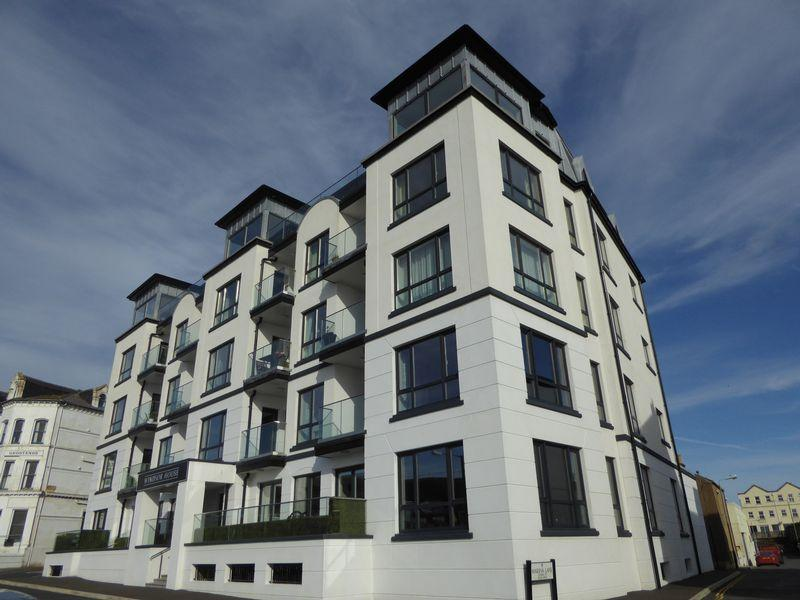 3 Bedrooms Apartment Flat for sale in The Promenade, Port Erin