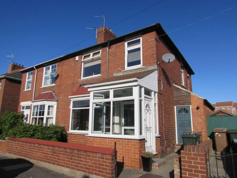 3 Bedrooms Semi Detached House for sale in The Crescent, Wallsend - Three Bedroom Semi-Detached