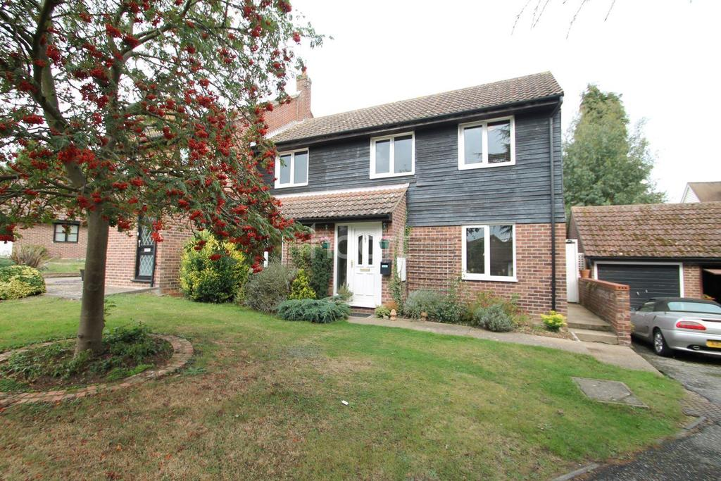 3 Bedrooms Semi Detached House for sale in Wivenhoe, CO7