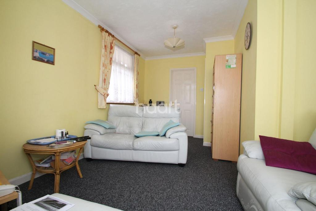 2 Bedrooms Bungalow for sale in Broadway, Clacton-on-Sea