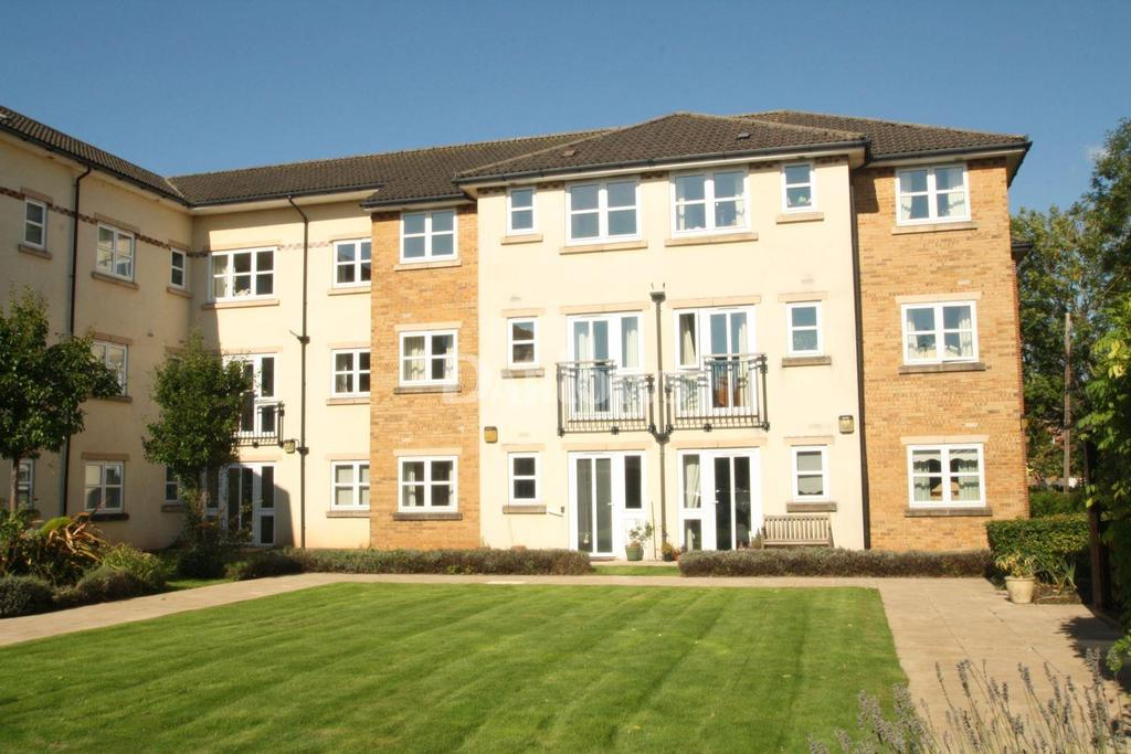 1 Bedroom Flat for sale in Birch Court, Latteys Close, Cardiff