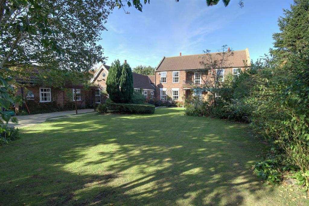 6 Bedrooms Detached House for sale in The Old Manor House, Keeling Street, North Somercotes