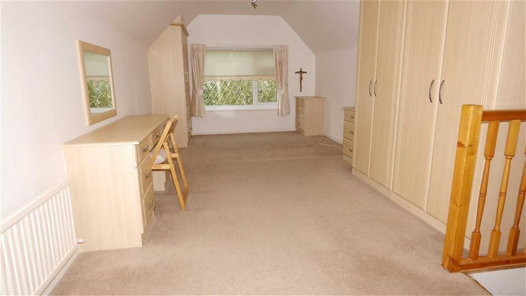 3 Bedrooms Detached Bungalow for sale in Wepre Lane, Connah's Quay, Deeside, Flintshire