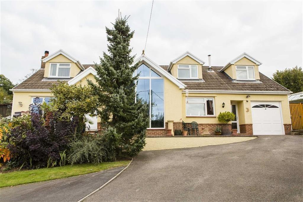 4 Bedrooms Detached House for sale in Parc Seymour