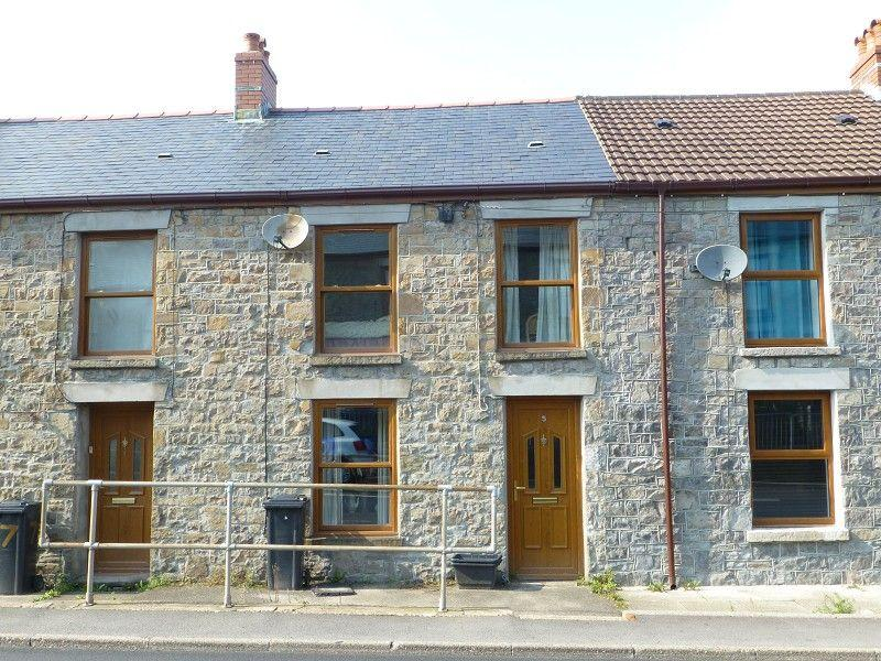 3 Bedrooms Terraced House for sale in Cannon Street, Lower Brynamman, Ammanford, Carmarthenshire.