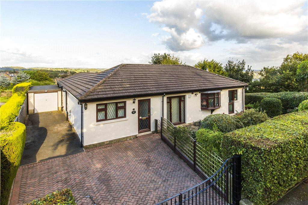 3 Bedrooms Detached Bungalow for sale in Salisbury Avenue, Baildon, West Yorkshire