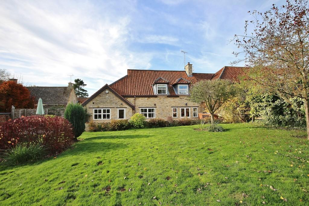 5 Bedrooms Barn Conversion Character Property for sale in West Farm Drive, Barrowden