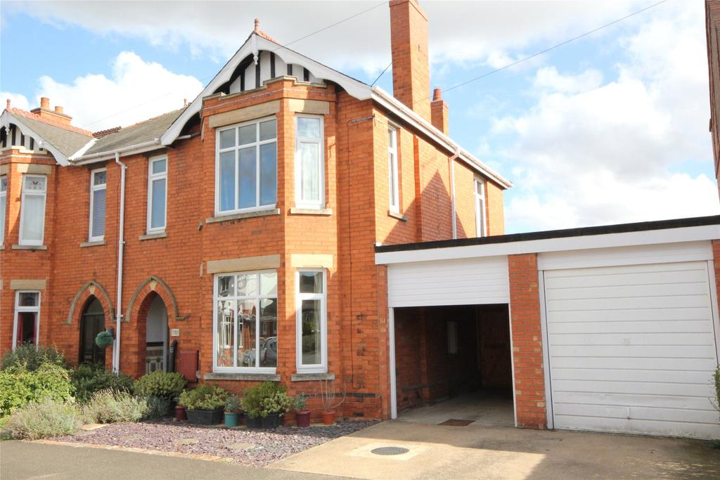 4 Bedrooms Semi Detached House for sale in Ickworth Road, Sleaford, NG34
