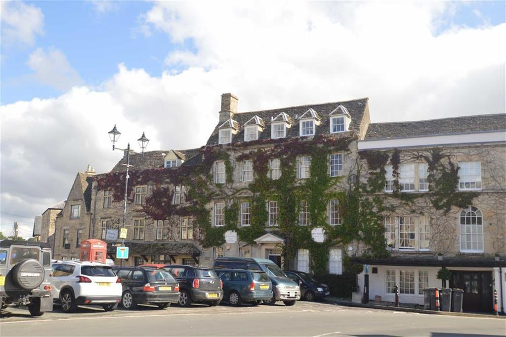 2 Bedrooms Duplex Flat for sale in Market Place, Tetbury, Gloucestershire