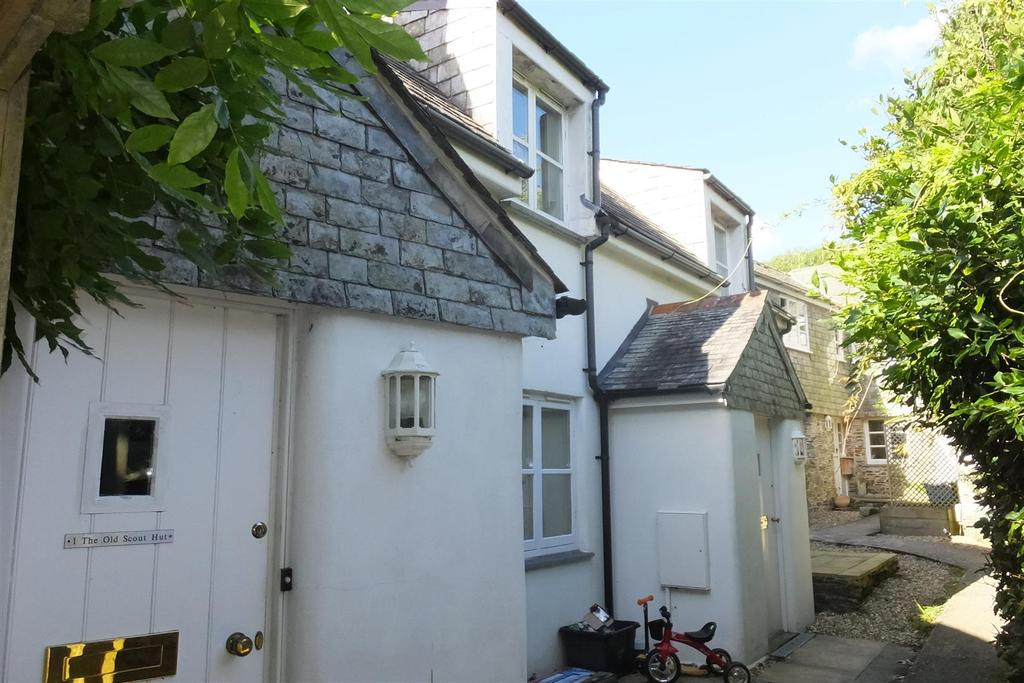 Flat for sale in Grampound