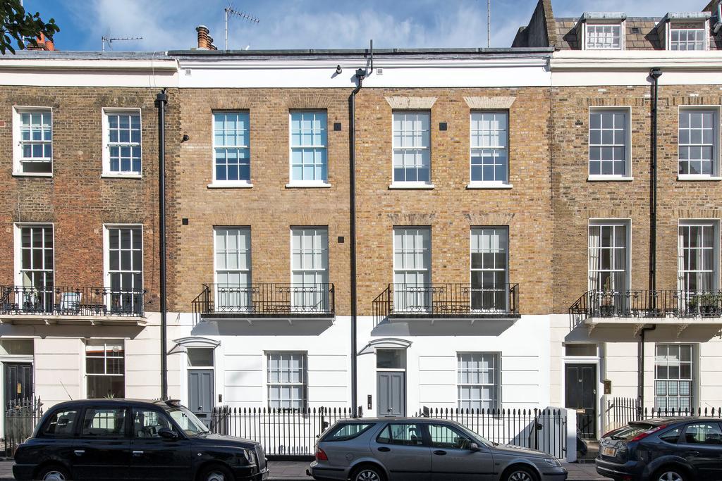1 Bedroom Flat for sale in Denbigh Street, SW1V