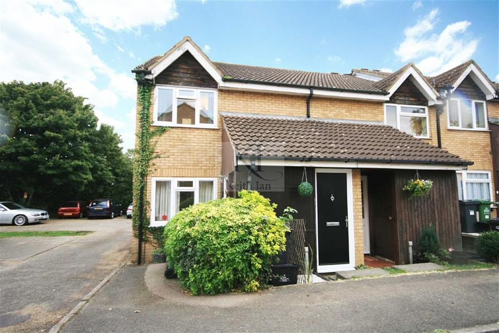 1 Bedroom Maisonette Flat for sale in Shanklin Close, West Cheshunt