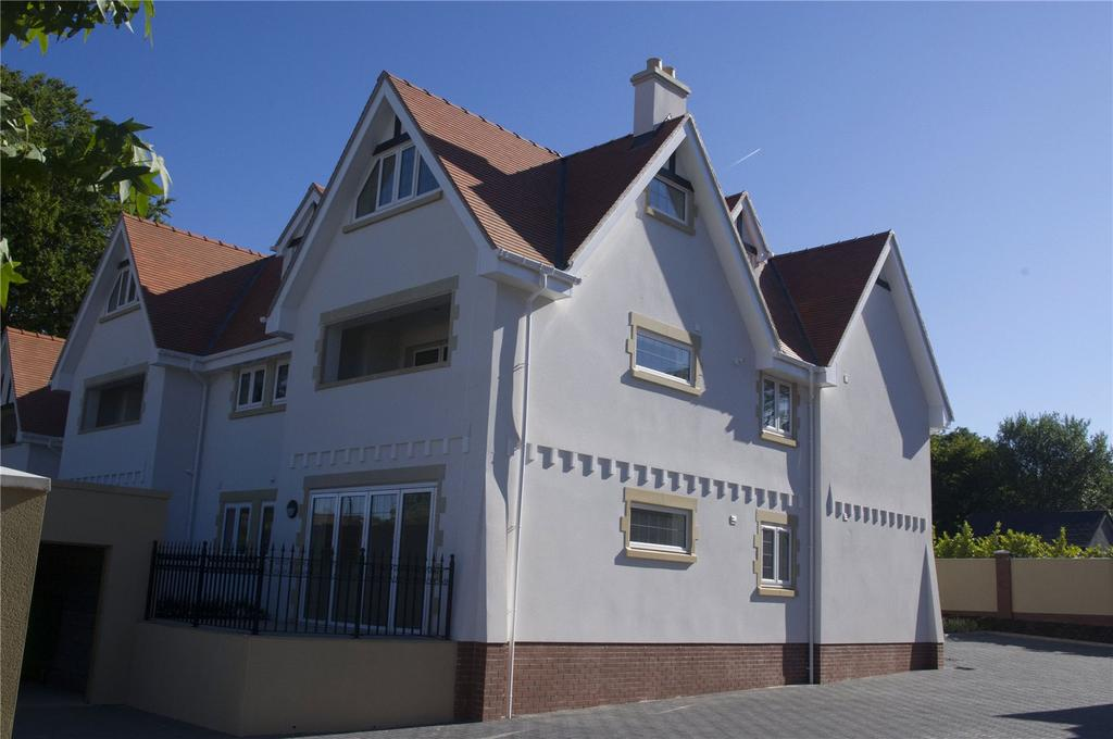 2 Bedrooms Flat for sale in The Retreat, The Chantry, Cardiff, CF5
