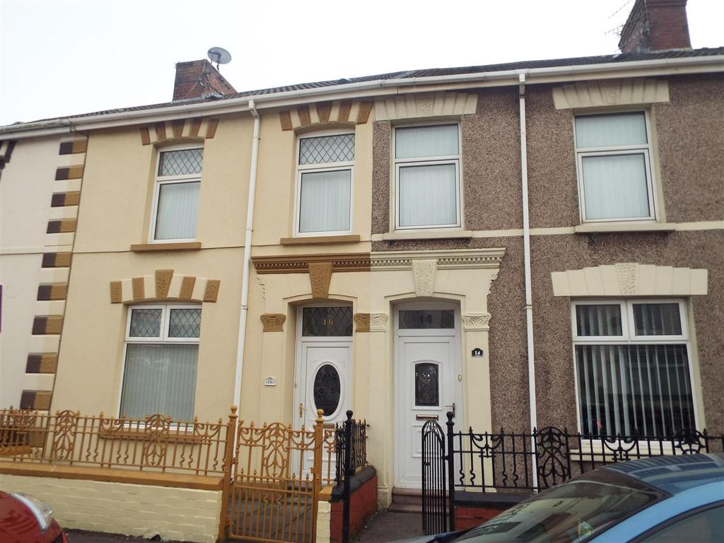 3 Bedrooms Terraced House for sale in Llanelli
