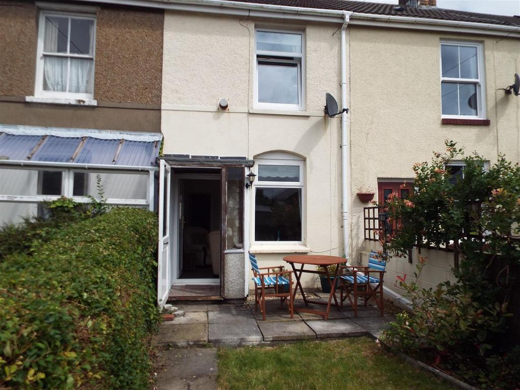 2 Bedrooms Terraced House for sale in Dyfatty Terrace, Burry Port