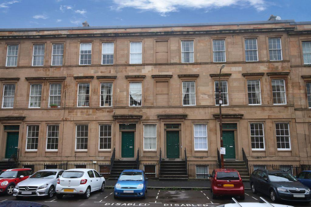 2 Bedrooms Ground Flat for sale in B2, 18 Baliol Street, Woodlands, G3 6UU