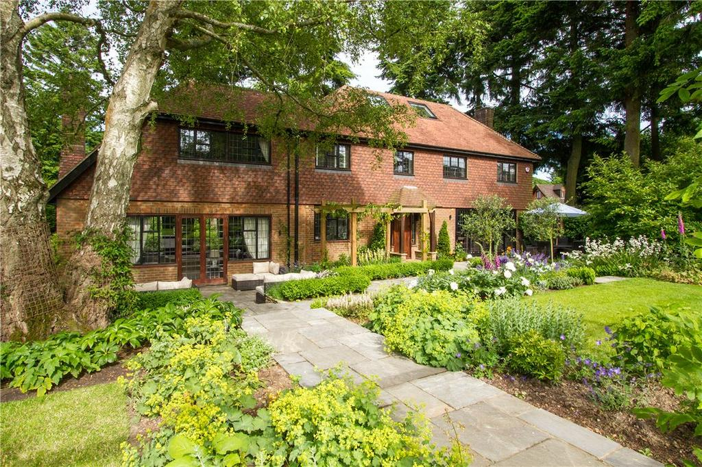 6 Bedrooms Detached House for sale in Denbigh Road, Haslemere, Surrey, GU27