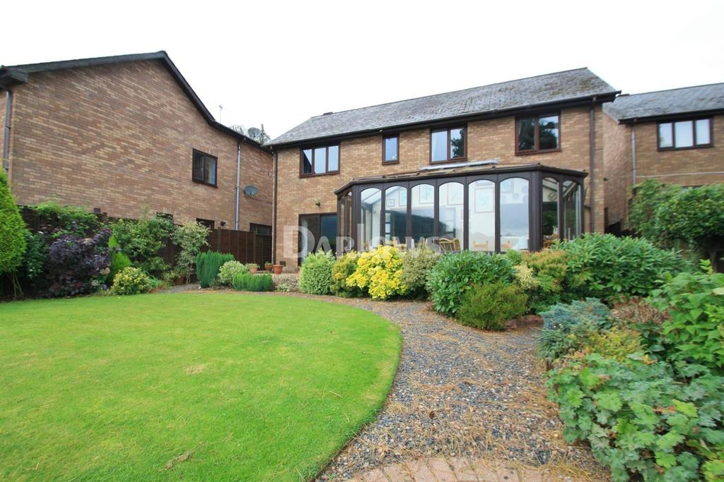 4 Bedrooms Detached House for sale in Pine Gardens, Tranch, Pontypool
