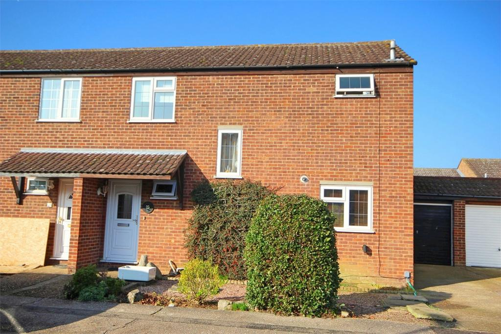 3 Bedrooms Semi Detached House for sale in Pickwick Avenue, Newlands Spring, CHELMSFORD, Essex