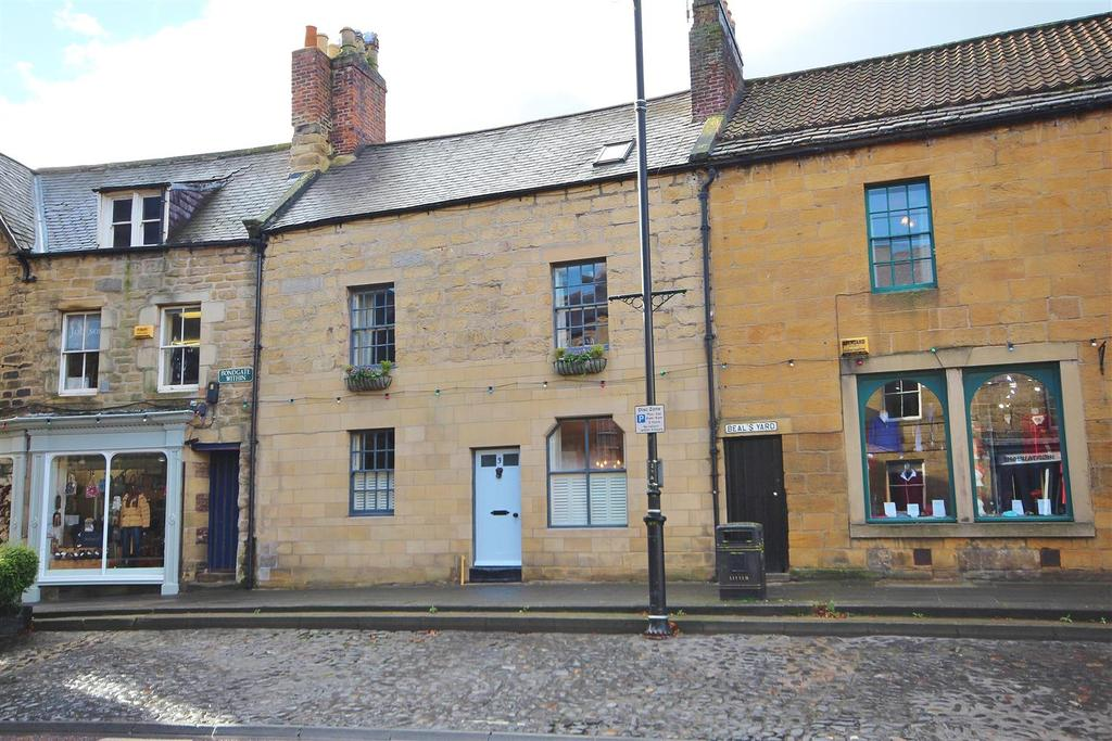 4 Bedrooms Town House for sale in 3 Bondgate Within, Alnwick, Northumberland NE66