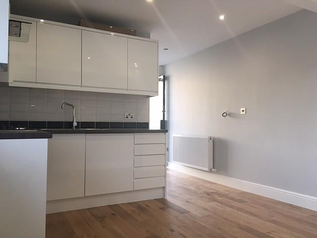 Studio Flat for sale in Brighton Road, Horsham, RH13