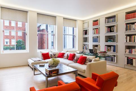 2 bedroom flat for sale - South Audley Street, Mayfair, London, W1K