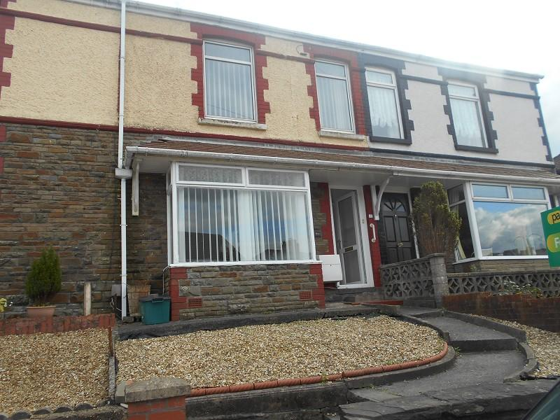3 Bedrooms Terraced House for sale in Llantwit Road, Neath, Neath Port Talbot.