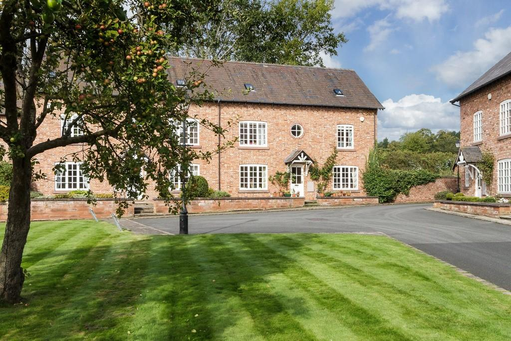 6 Bedrooms House for sale in 3 Flaxyards, Tarporley, CW6 9GL